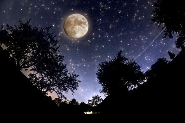luna13-fascinantes-curiosidades-sobre-la-Luna-llena-que-debes-conocer-ya-mismo-4