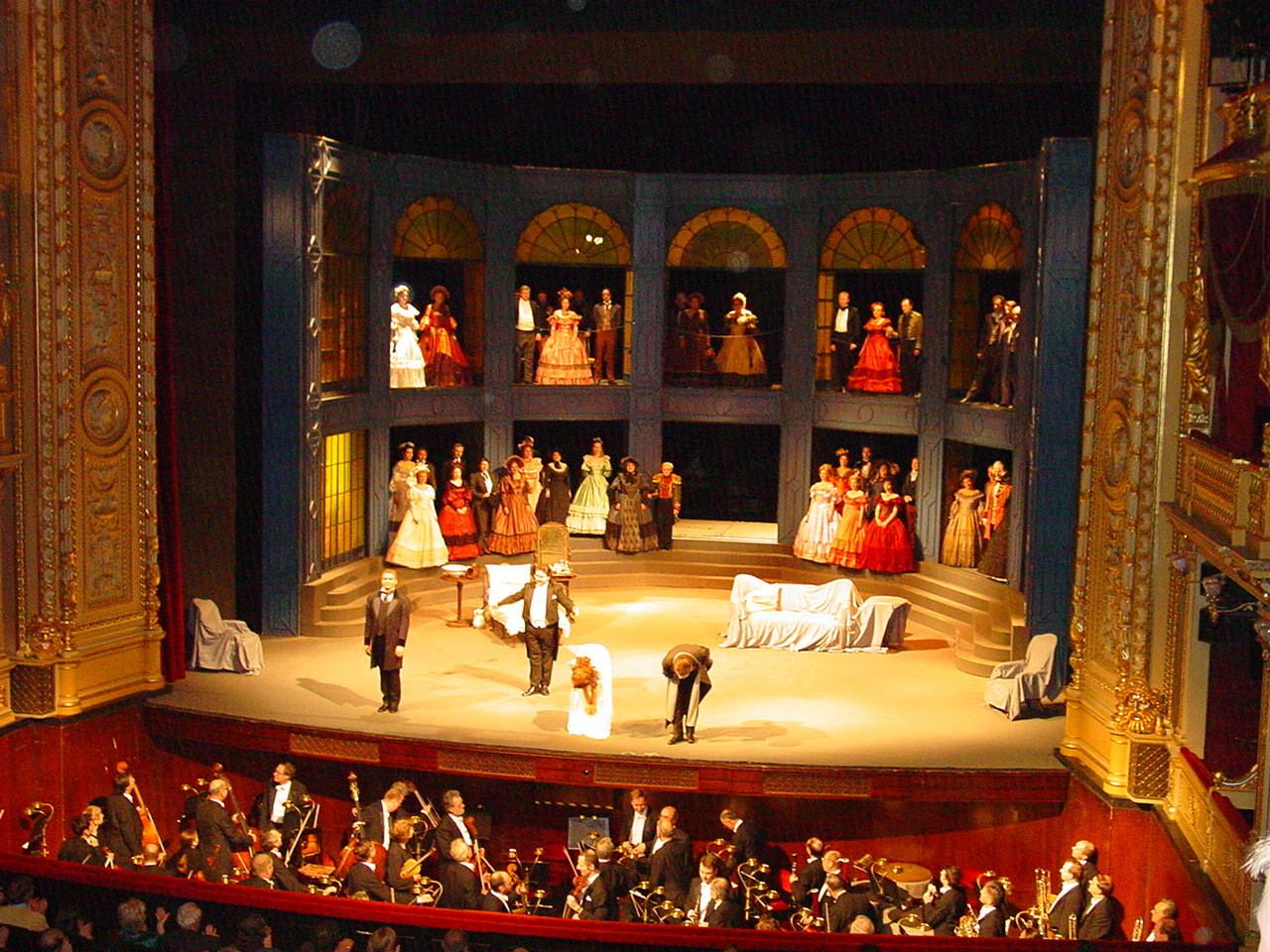 teatro-nacional-praga